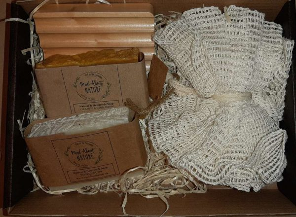 Mad About Nature Pamper Gift Set soap dish, soaps, ramie puff